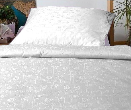 Povlečení damašek Luční květy bílé 50x70 cm povlak