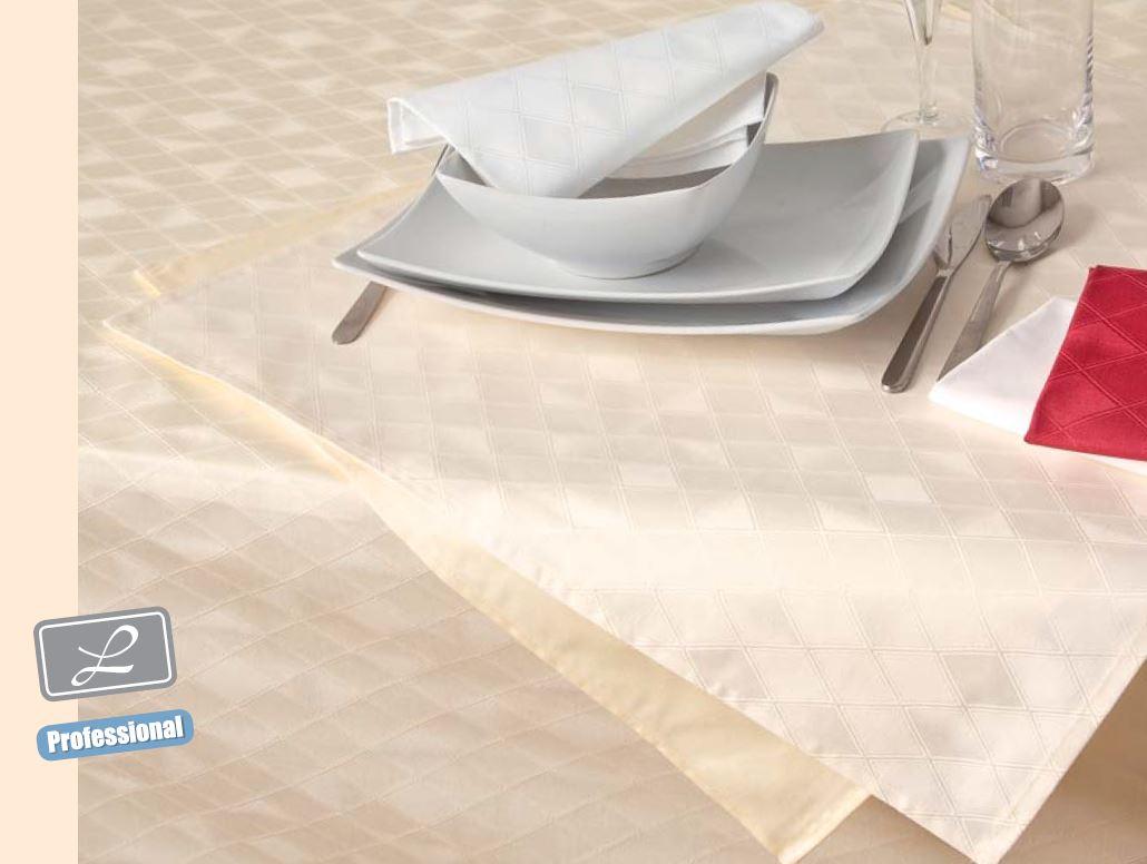 Ubrus bavlna Garbo kosočtverec bílý 30x140 cm